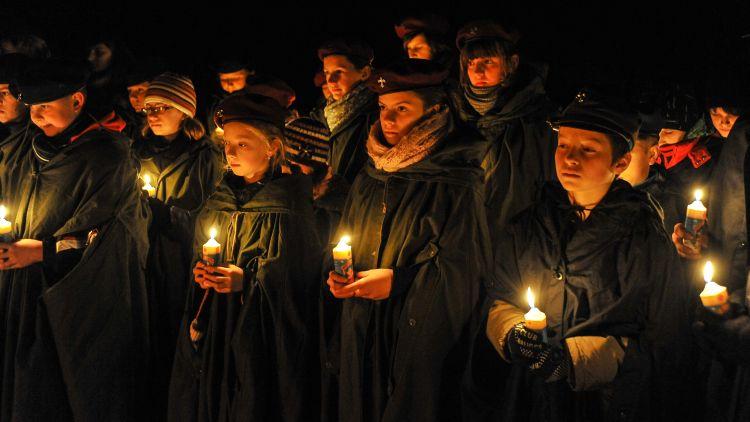 Betlejemskie Światło Pokoju 2012